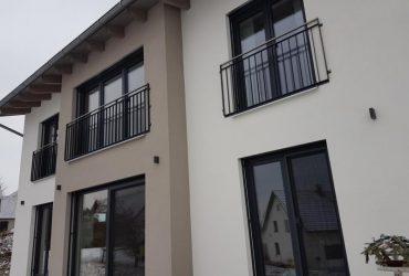 Neu! Französischer Balkon mit Edelstahlhandlauf verzinkt & beschichtet